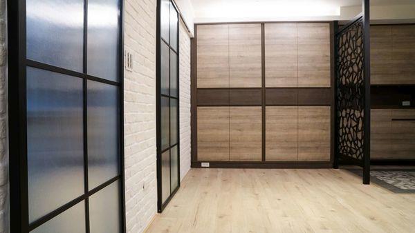 三商美福 裝修 裝潢 室內設計 木地板 超耐磨木地板 EGGER MEGAFLOOR 低甲醛 系統櫃 櫥櫃 系統家具 精品家具 日式風 簡約風 三房兩廳 舊屋翻新